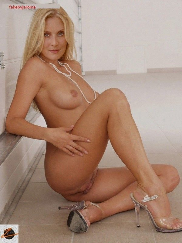 Nude Photos Proctor Emily#2